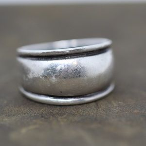 Jewelry - VINTAGE Sterling Beveled Cigar Band Ring 7.5